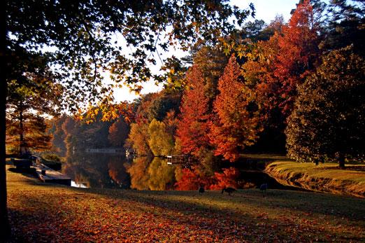 fall_lake2b.jpg