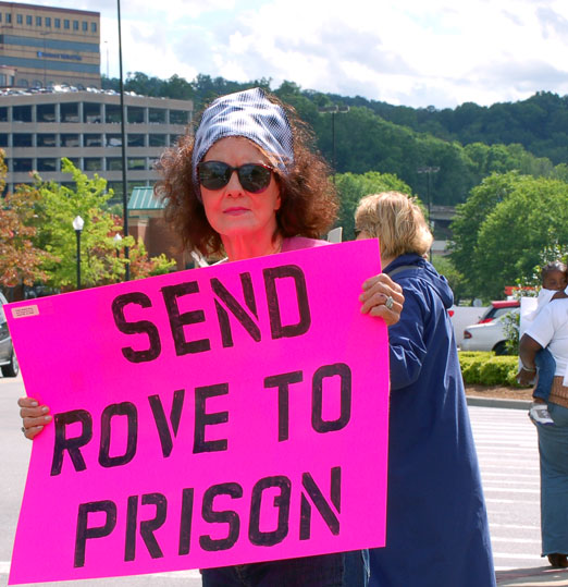 rove_protest2b.jpg