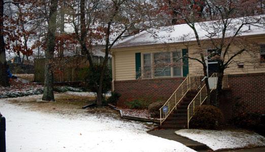 snowy_house122510ab.jpg