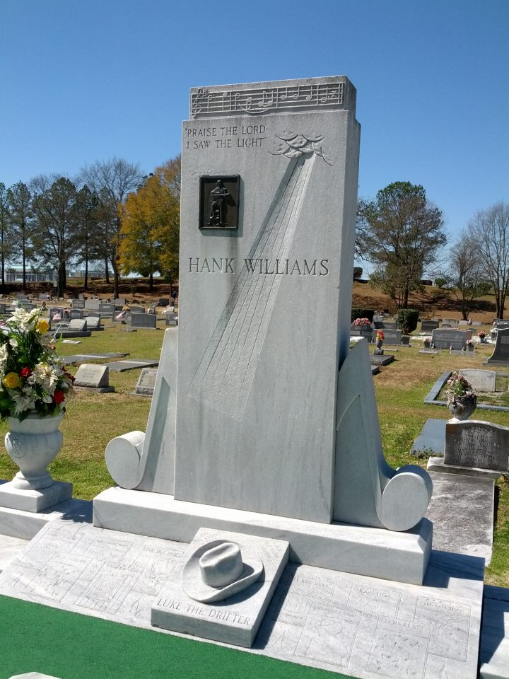 HankWilliams_grave1a