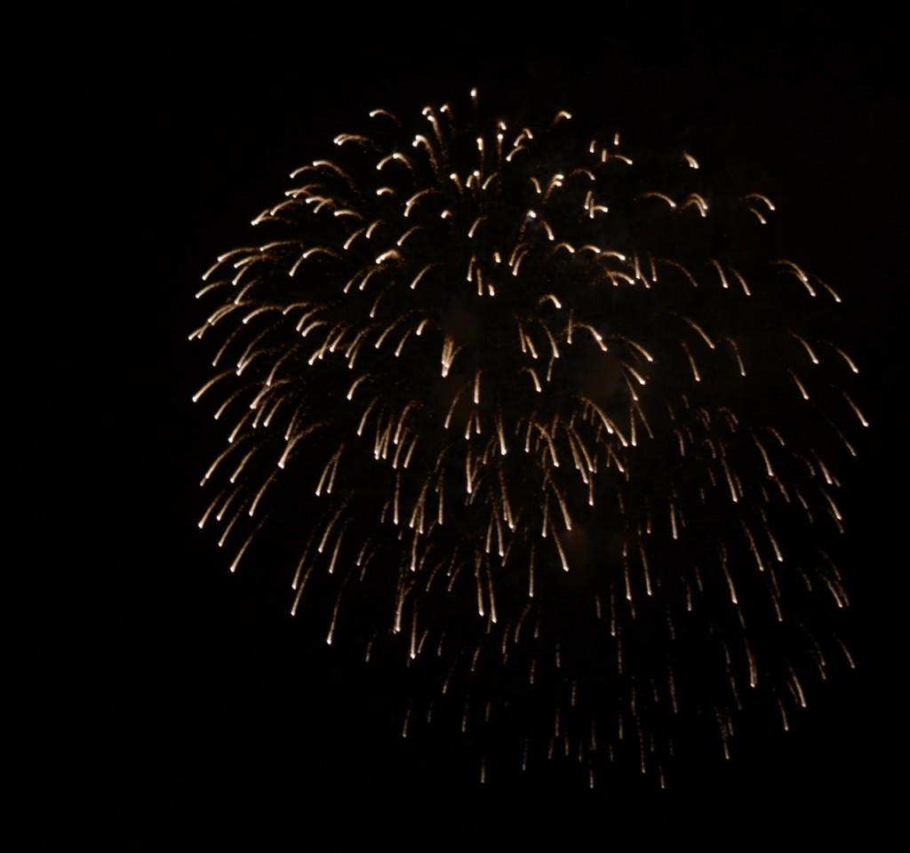 Mobile_fireworks2013e